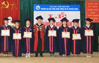 Trao Bằng tốt nghiệp cho 477 tân cử nhân, tân kỹ sư
